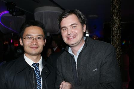 Mupin Xie from the Netherlands (left)
