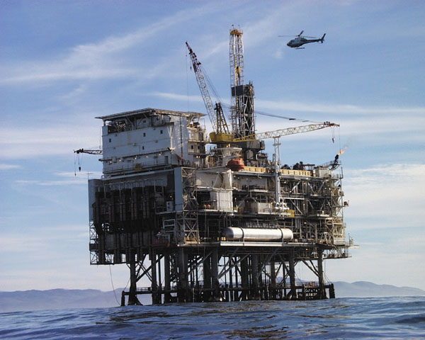 110814_Oil_platform