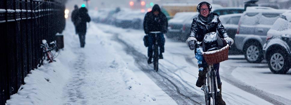 071014-bikig-on-snow-denmark