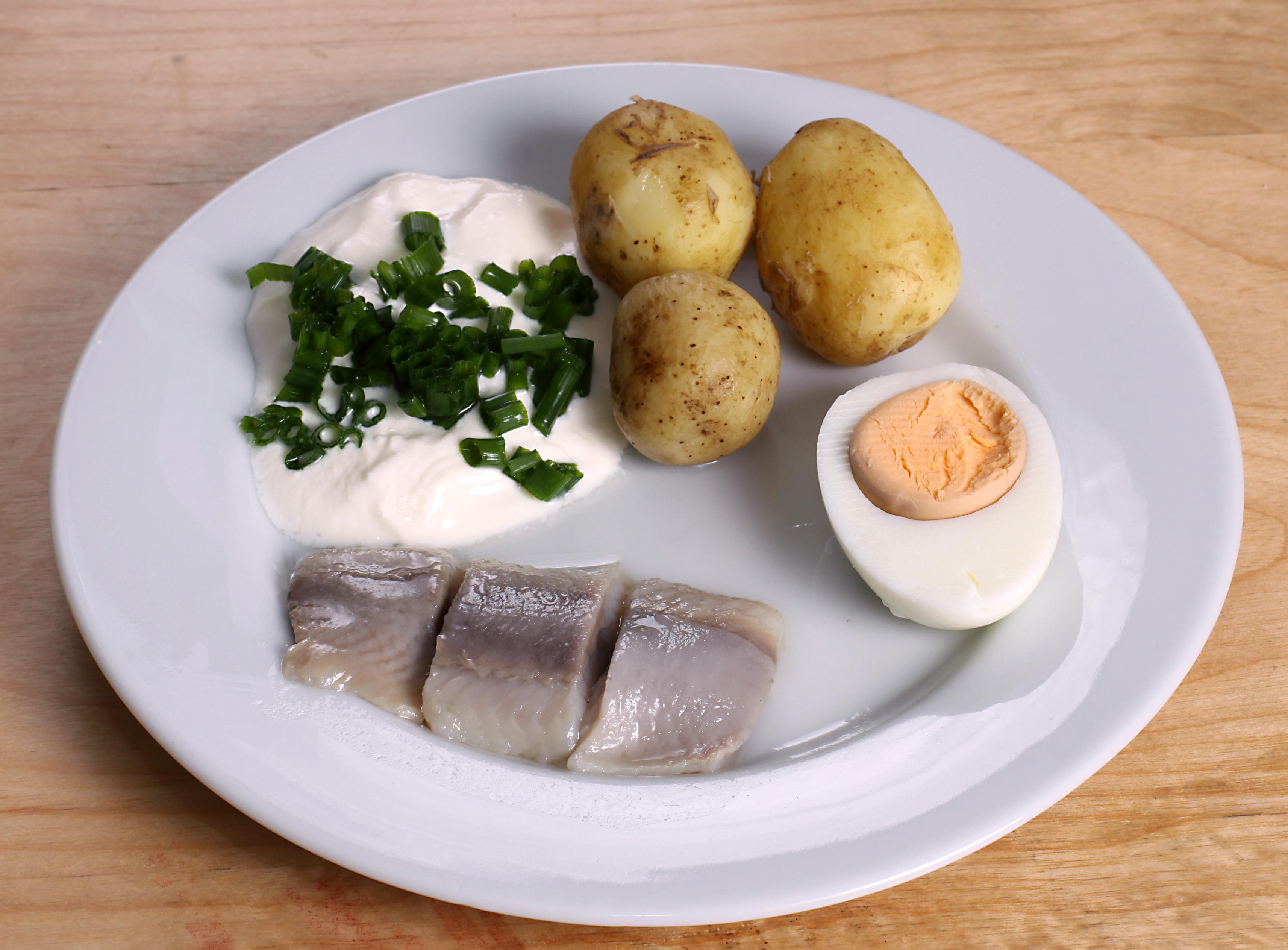 051214-pickled-herring