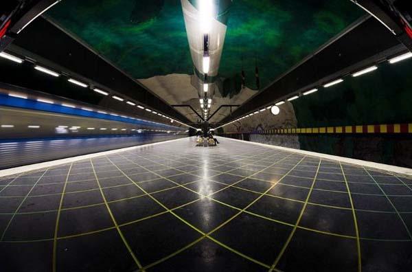 091214_Stockholm_Metro_Art_14