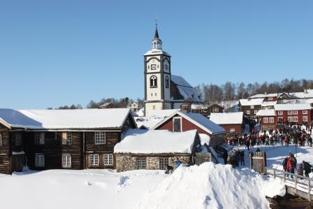 101214-Church-in-Roros