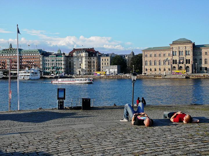 120115-view-to-standvagen-stockholm