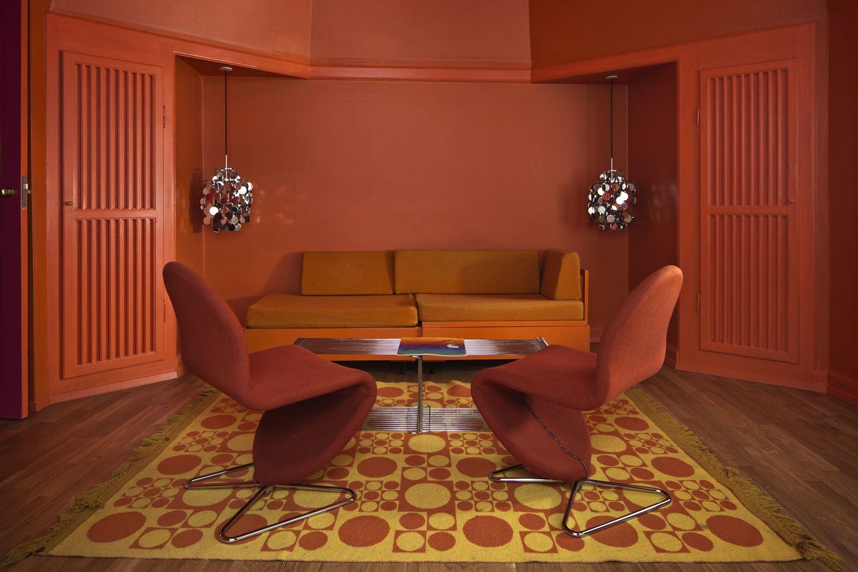 070515-hotel-alexandra-room2