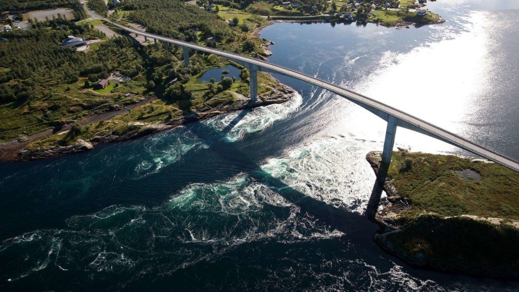 The Saltstraumen maelstrom, however, the world's strongest current
