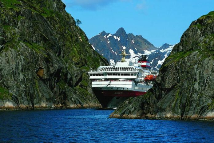 Cruising Costal Norway with a 'Postal' Ship