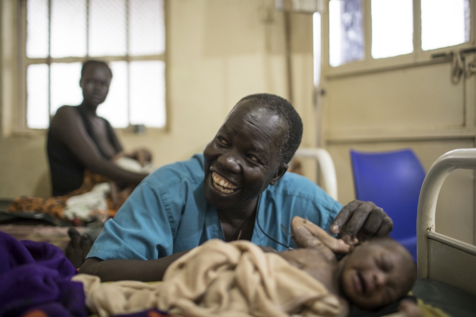 South Sudanese Surgeon Awarded the 2018 Nansen Refugee Award