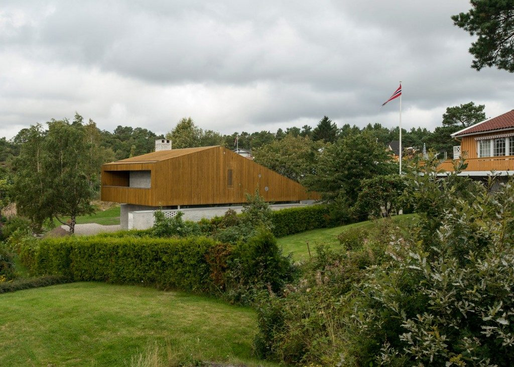 Tailormade House for Retired Couple in Norway
