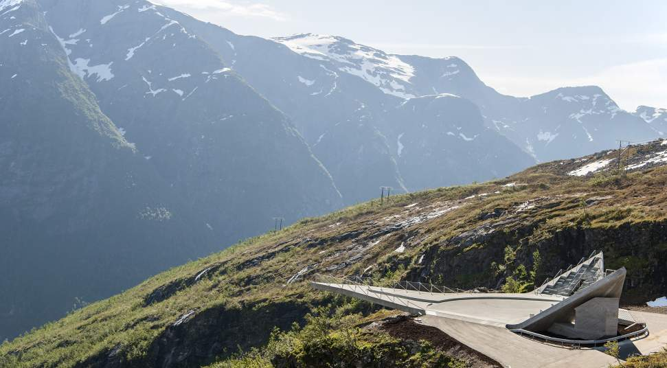 Norwegian National Tourist Road Initiative Contributes to increased Local Value