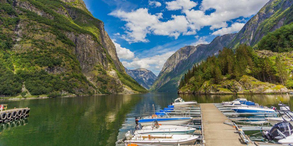 Король фьордов - в Норвегии  Король фьордов - в Норвегии Король фьордов – в Норвегии 050919 n C3 A6r C3 B8yfjord 1024x512