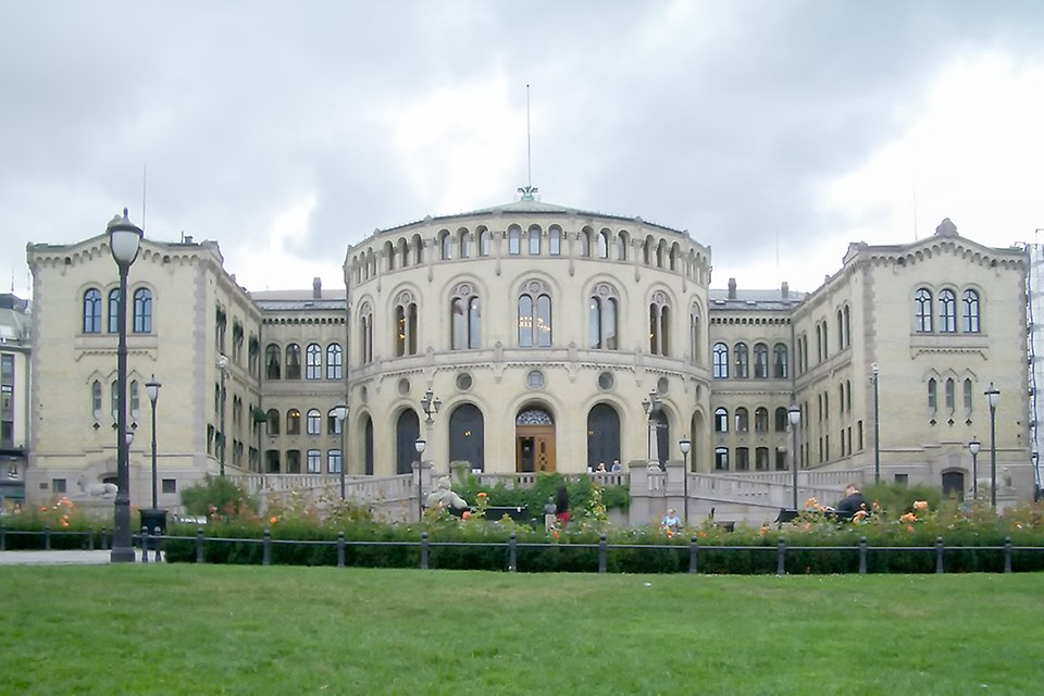 How is Scandinavia Solving the Economic Corona-Crises?