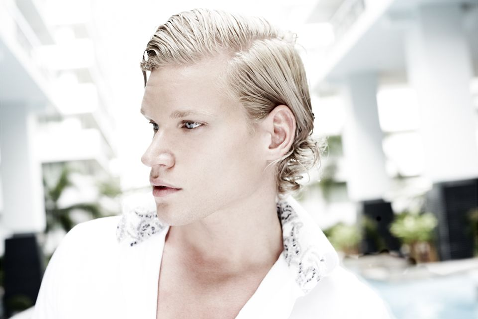 Millions of Plays for New Hit by Swedish Pop Star