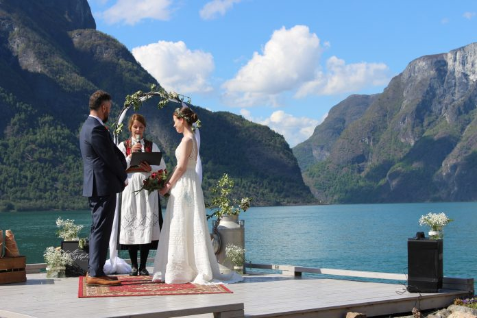 The Ultimate Jaw-Dropping Scandinavian Wedding Destinations