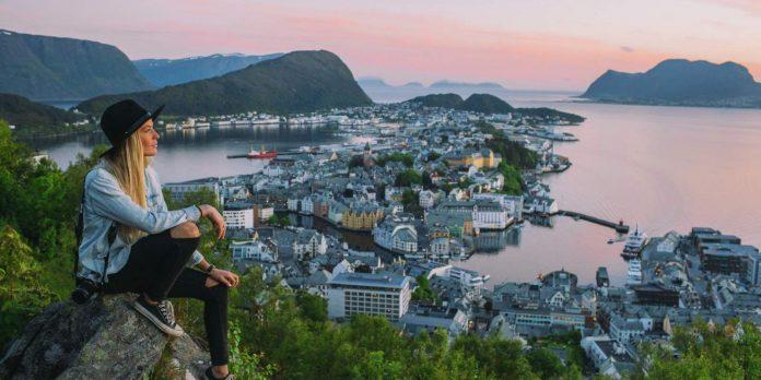 Meet Locals in Scandinavia