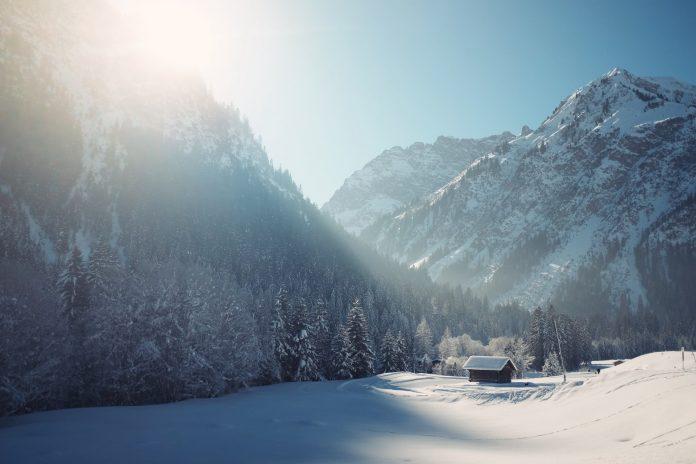 Winter COVID-19 Blues in Norway