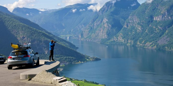 Renting a car in Scandinavia: Everything you need to know
